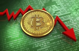 Bitcoin Price Decline 214x140 - Bitcoin Collapses by $ 3,300 Overnight as Positions Worth Billions of Dollars are Liquidated