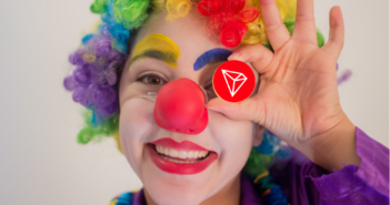 tron clown 351x185 - Crypto-Clown of the Day: Justin Sun and Tron's 10 Billion Users (TRX)
