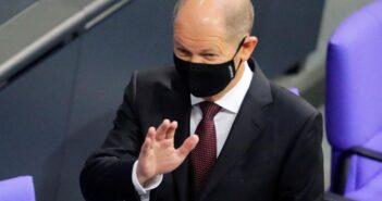 """german finance minister 351x185 - """"We have to do everything to ensure that the currency monopoly remains in the hands of the states."""" Says German Finance Minister"""